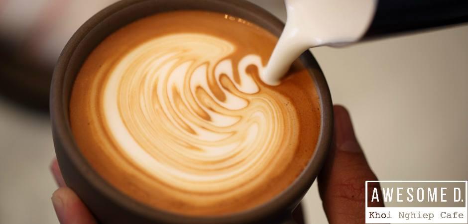 z[khoinghiepcafe.com] Cách làm cappuccino đánh sữa Latte Art 6d
