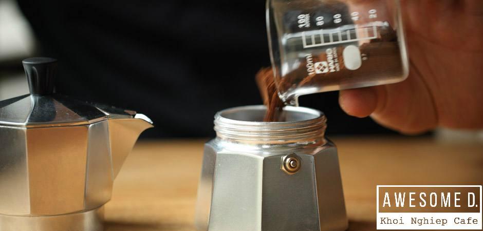 z[khoinghiepcafe.com] Pha cà phê bằng bình Moka 4