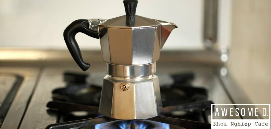 z[khoinghiepcafe.com] Pha cà phê bằng bình Moka 7
