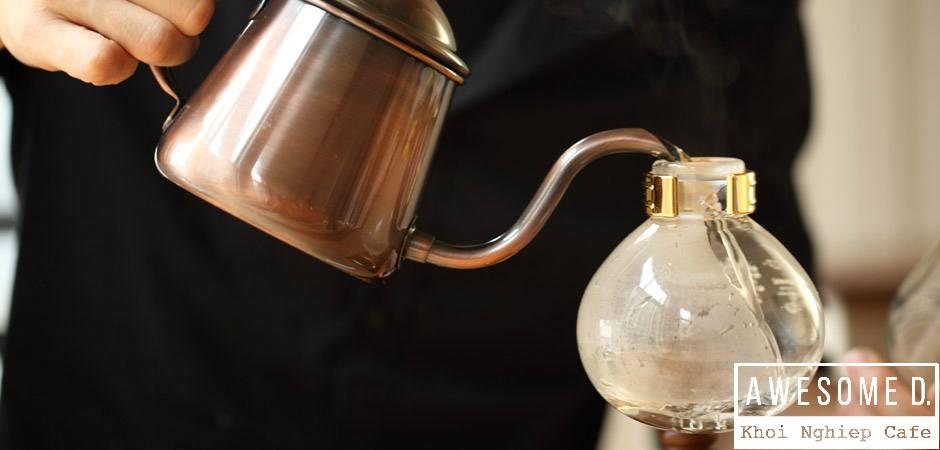 z[khoinghiepcafe.com] Pha cà phê bằng bình Siphon 2