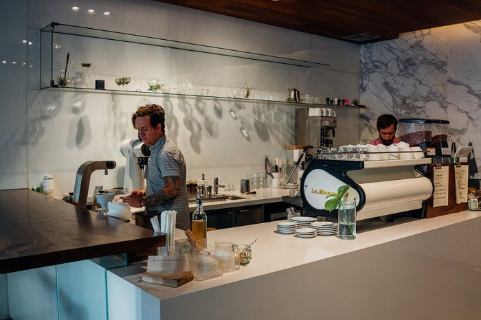 bí mật phía sau quầy bar của quán cafe đẹp hiện đại sang trọng little owl 4