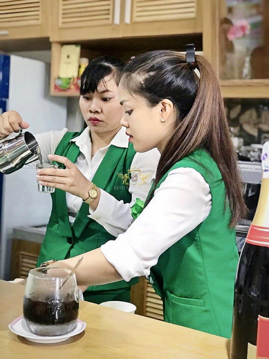 call me q2 khoi nghiep cafe May pha cafe Faema E98 RE A2 2 group may xay cafe Faema On Demand 4