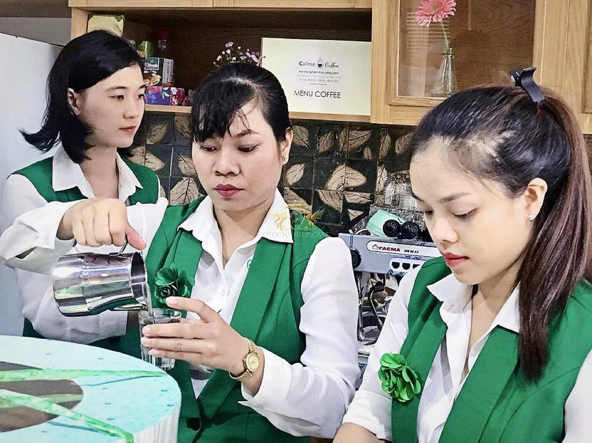 call me q2 khoi nghiep cafe May pha cafe Faema E98 RE A2 2 group may xay cafe Faema On Demand 5