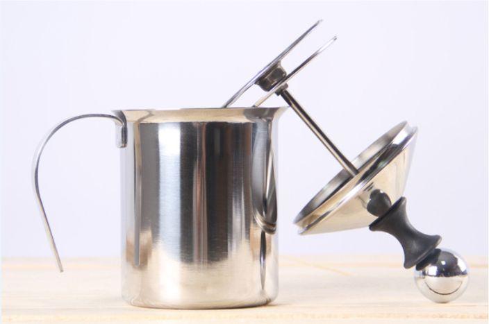dụng cụ tạo bọt sữa - cách pha capuchino tại nhà