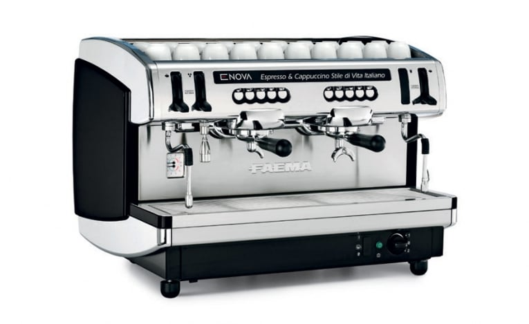 may pha cafe espresso chuyen nghiep faema enova viet nam khoi nghiep cafe