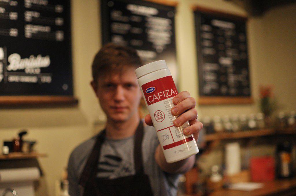thuoc ve sinh may pha cafe espresso urnex cafiza 2 900g 6