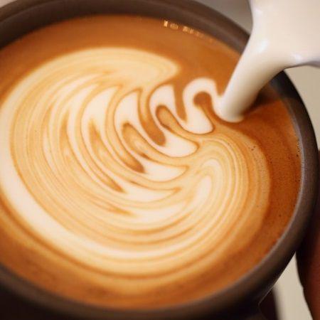z[khoinghiepcafe.com] 14 Cách làm cappuccino đánh sữa - Latte Art feature image