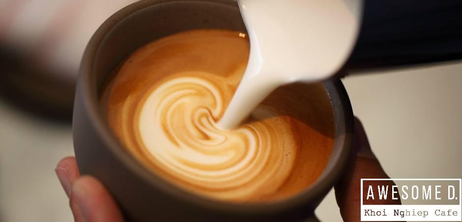 z[khoinghiepcafe.com] Cách làm cappuccino đánh sữa Latte Art 6b