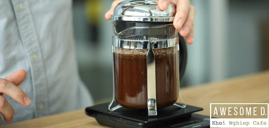 z[khoinghiepcafe.com] Pha cà phê bằng bình French Press 5