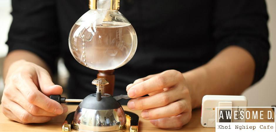 z[khoinghiepcafe.com] Pha cà phê bằng bình Siphon 4