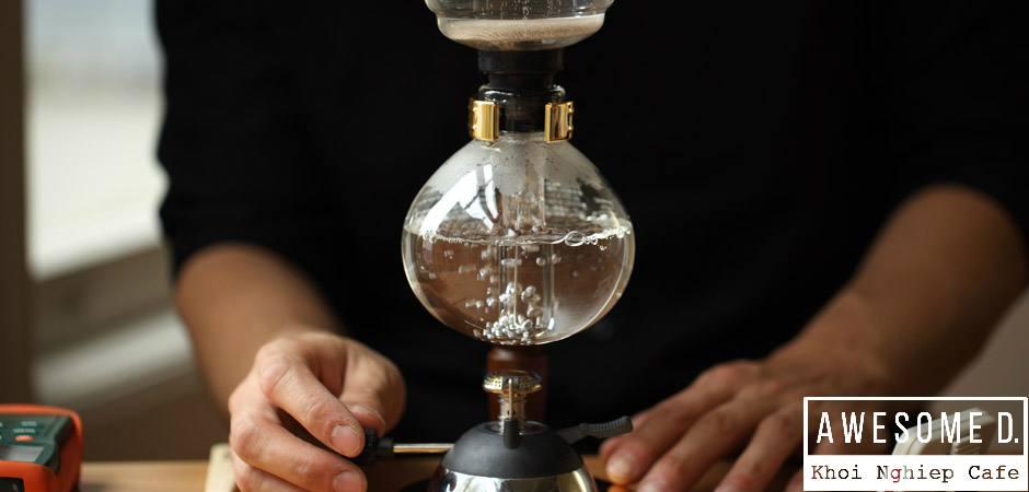 z[khoinghiepcafe.com] Pha cà phê bằng bình Siphon 5