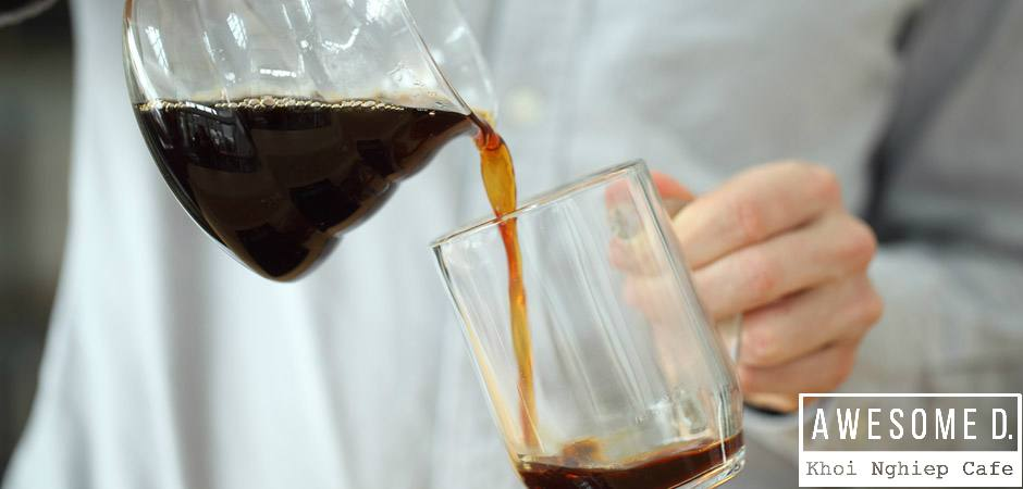z[khoinghiepcafe.com] Pha cà phê kiểu Drip Coffee 10