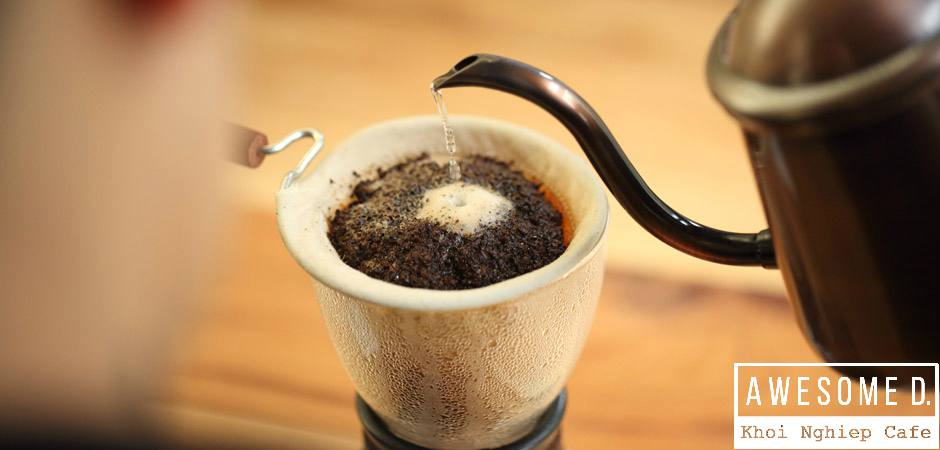 z[khoinghiepcafe.com] Pha cà phê kiểu nel drip 8